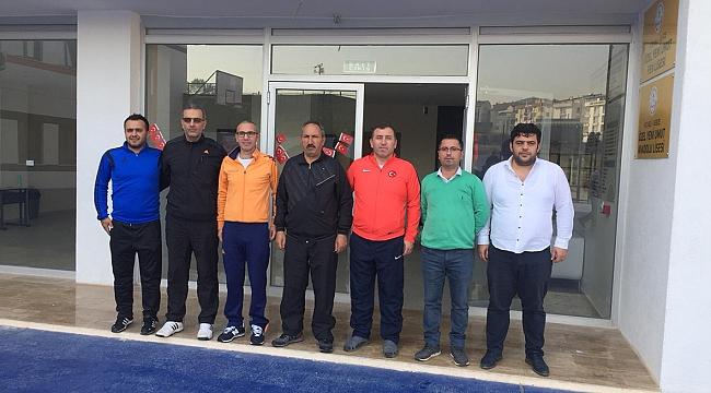Yeni Umut Okullarına spor müdürlerinden ziyaret